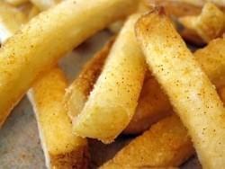 Consiga papas fritas blandas y crocantes